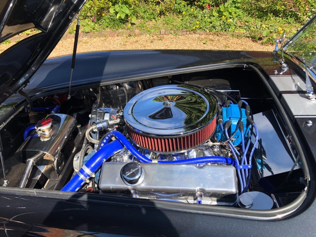 V8 Cobra 1024x768